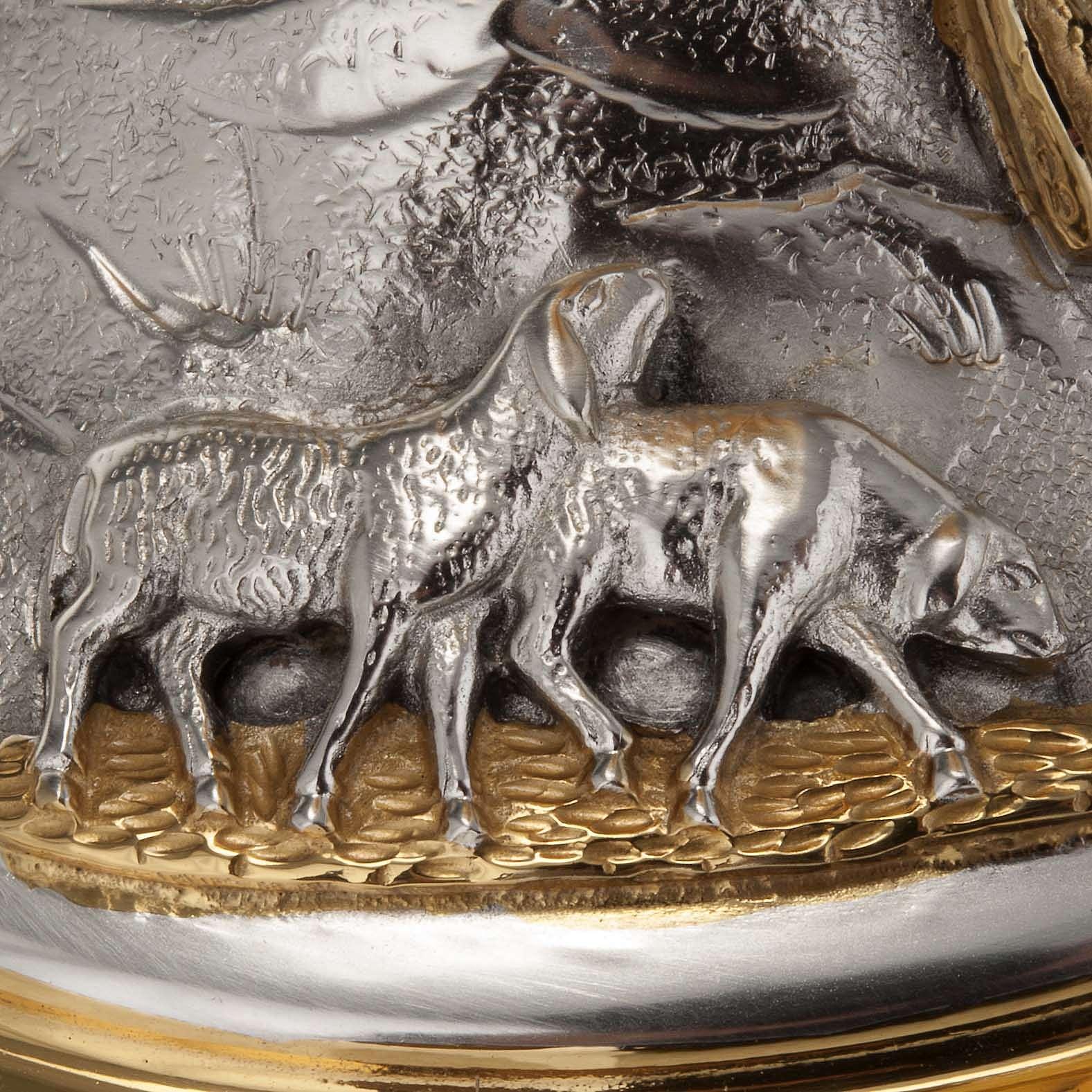 Calice e pisside ottone cesellato Buon Pastore 4