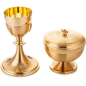 Chalice and ciborium gold plated s1