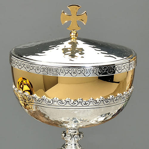 Chalice and ciborium floral design 2