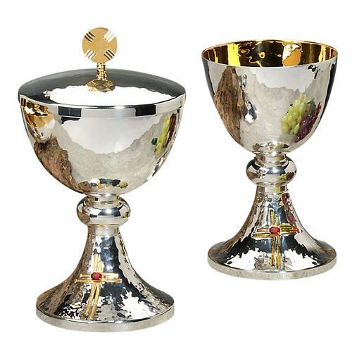 Calice e pisside ottone martellato cesellato a mano croce vetro 1