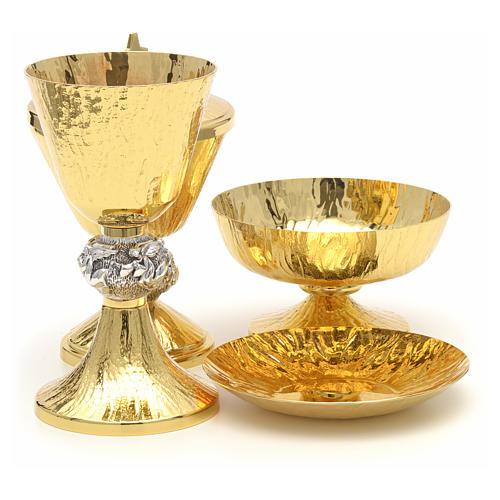 Calice pisside patene ottone cesellato e argento con angeli 4