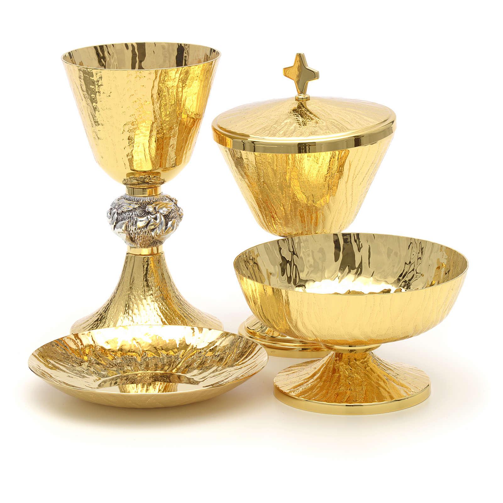 Chalice, ciborium and paten with Angels symbol 4