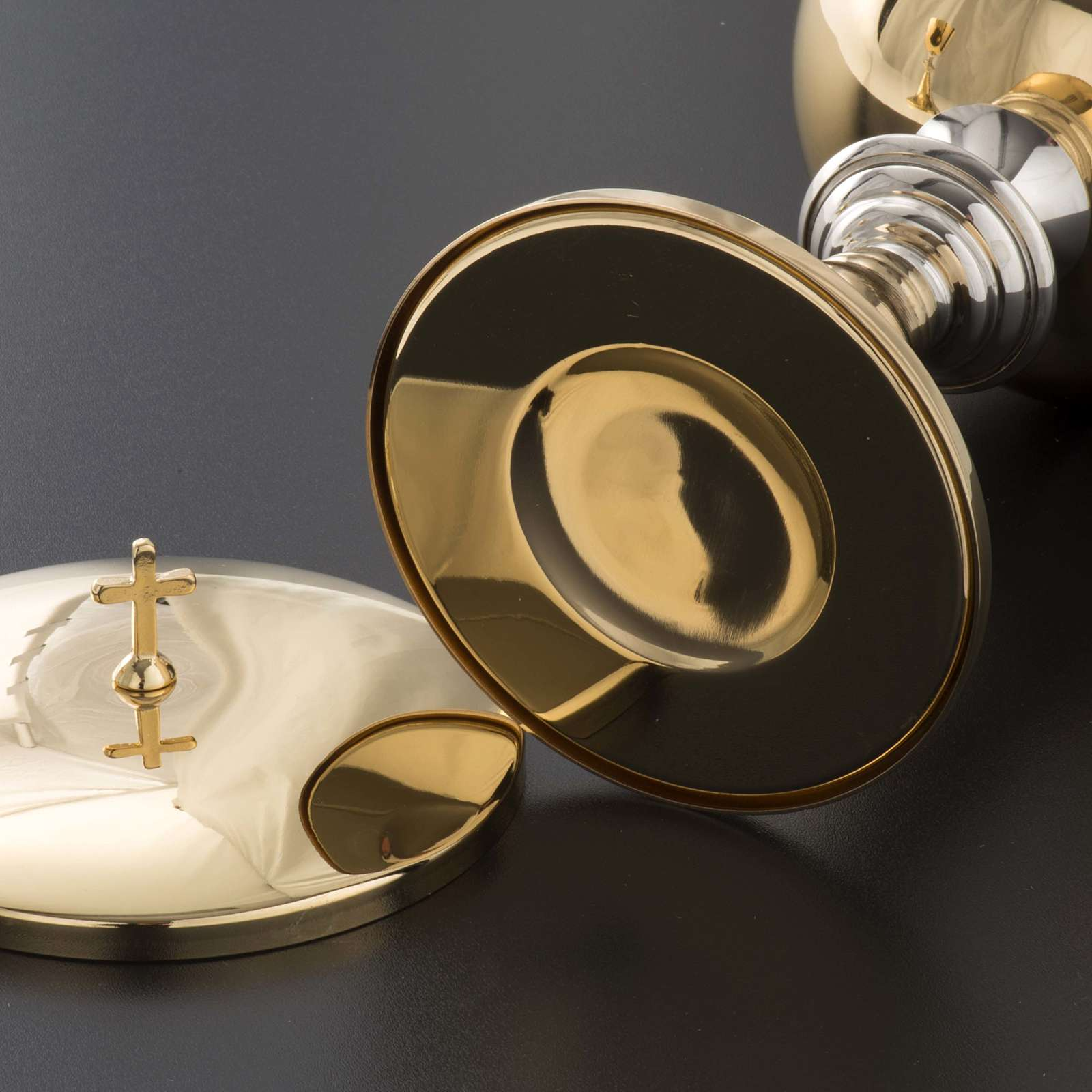 Chalice and Ciborium in brass, classic style 4