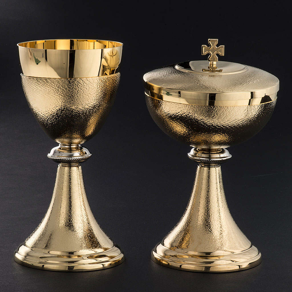 Chalice and Ciborium, golden brass with knurled finishing 4