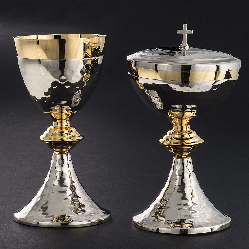 Chalice and Ciborium, hammered finishing 4