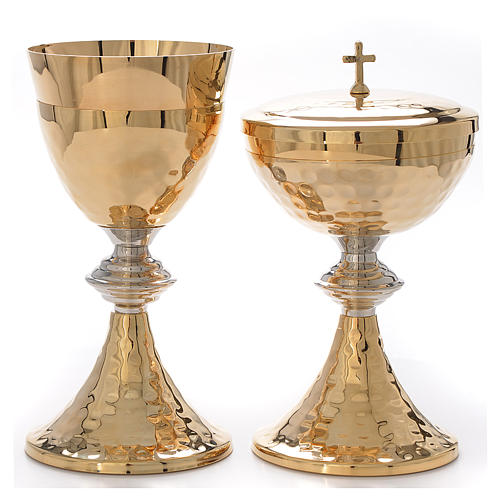 Chalice and Ciborium, hammered finishing, silver decoration 1