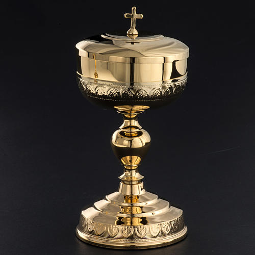 Chalice and Ciborium in golden brass, leaves decoration 6