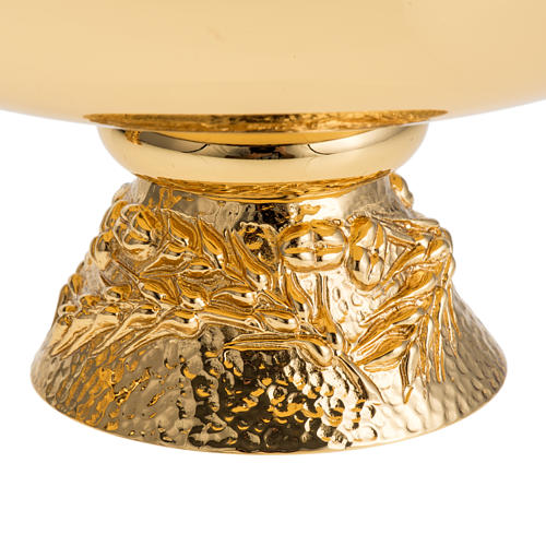 Chalice, ciborium and paten with grapes in gold-plated brass 6