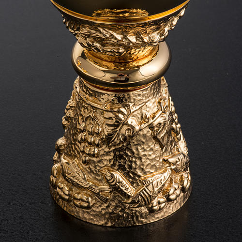 Chalice, ciborium and paten with grapes in gold-plated brass 8