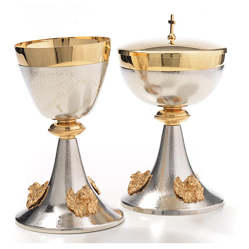 Chalice and Ciborium in silver brass with golden putti 3