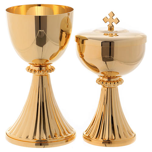 Calice et Ciboire Saint Germain laiton doré 1