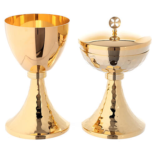 Chalice and ciborium in hammered golden brass with round cross 1