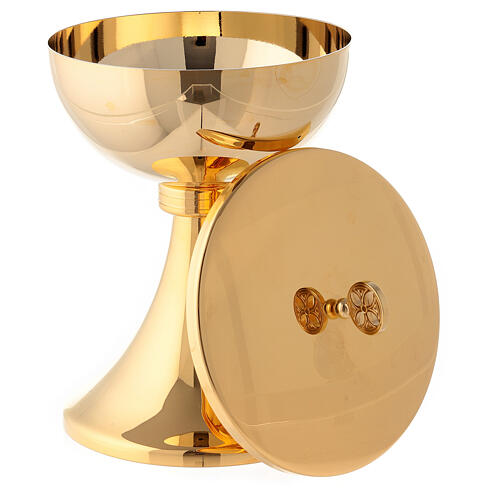 Gold plated chalice and ciborium with striped engraved node in brass 5