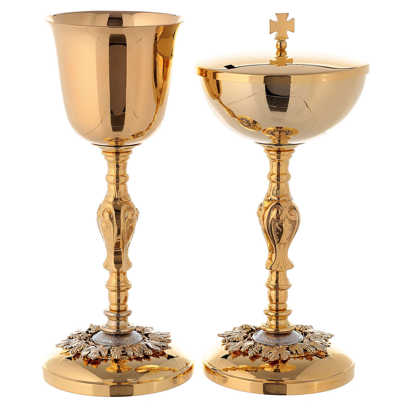 Baroque chalice and ciborium with grapes in brass 4