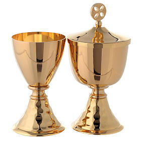 Small chalice and ciborium in brass with hammered base s1