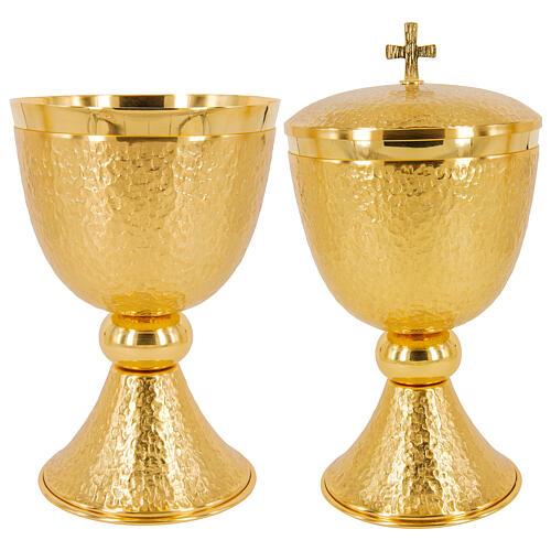 Kelch, Ziborium, Patene, Hostienschale aus vergoldetem Messing (24 Karat), Hammerschlag-Optik, glänzender Nodus