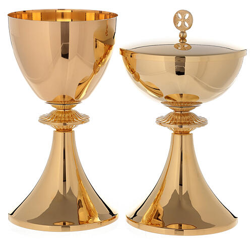Chalice and Ciborium in 24-karat gold plated brass with cast node 1