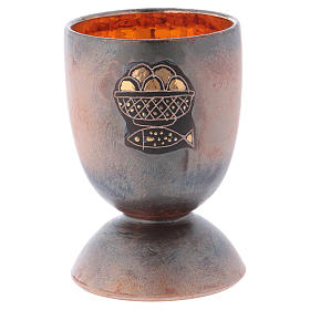 Chalice in ceramic with round foot, fish and loaves, gold inside s1