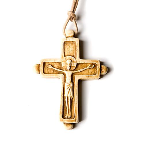 Wisiorek krzyż koloru kości słoniowej 2