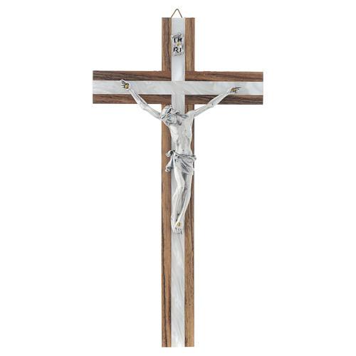 Crucifijo de madera y simil nácar 1
