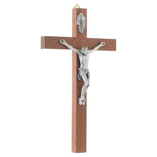 Crucifix en bois étroit 3