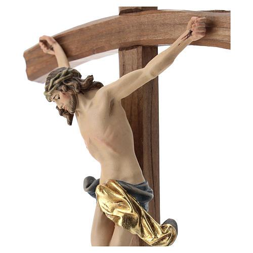 Crucifijo con base cruz curva madera Valgardena coloreada 2