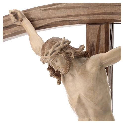 Crucifix bois patiné multinuances modèle Corpus, croix courbée 2