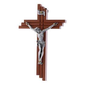 Crocifisso moderno in legno di pero seghettato 12 cm con corpo metallico s1