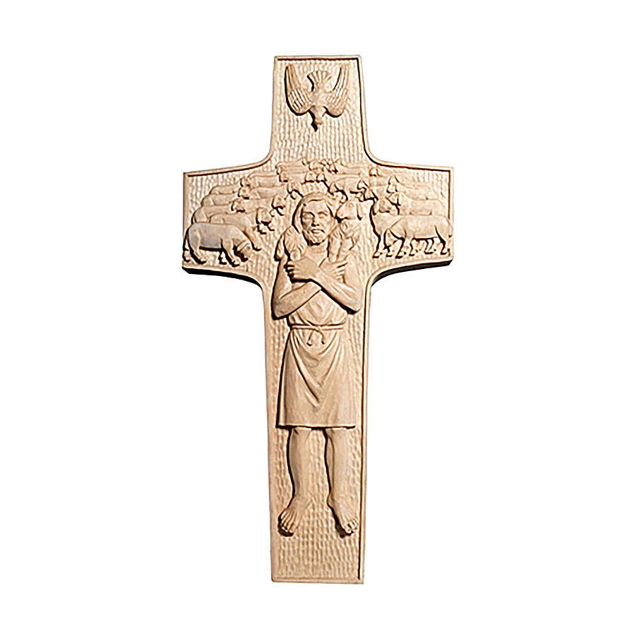 Cross with image of Pope Francis the Good Shepherd in natural wood of Valgardena 4