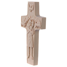 Cross with image of Pope Francis the Good Shepherd in natural wood of Valgardena s3