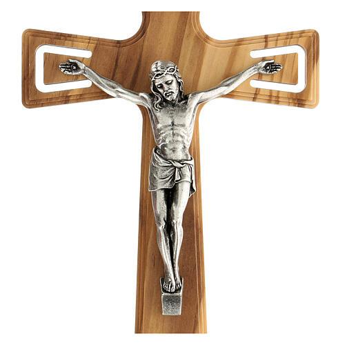Crucifijo madera perforado Jesús plateado 26 cm 2