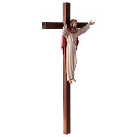 Gestiegene Kristus auf nicht- gekruemmten Kreuz s4