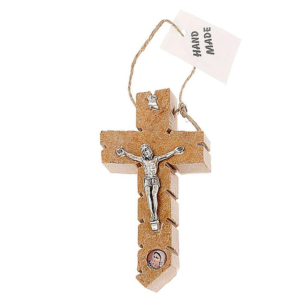 Crucifix Medjugorje pierre 4