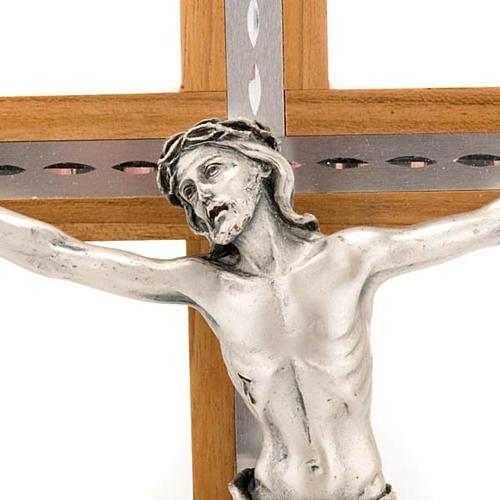 Crocifisso legno noce e alluminio corpo metallo argentato 2
