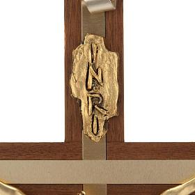Crocifisso legno noce metallo dorato inserti alluminio s5