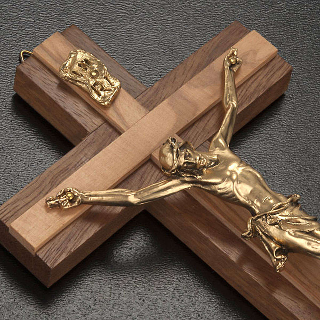 Crocifisso legno noce inserti olivo corpo metallo dorato 4