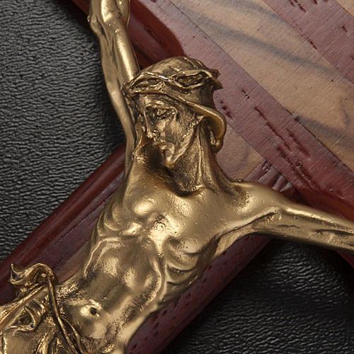 Crocifisso legno olivo e padouk corpo dorato 4