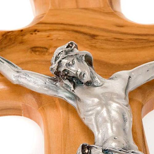 Crocefisso legno olivo corpo argentato 2