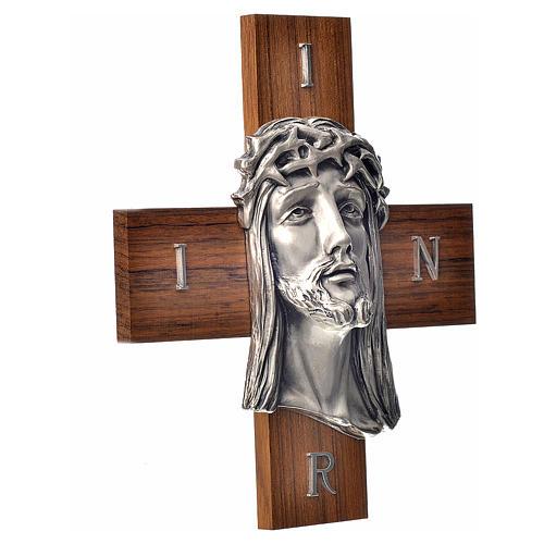 Croce legno noce volto di Cristo metallo 2