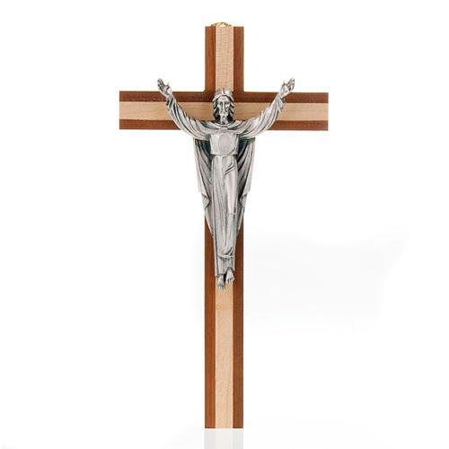 Cristo resucitado sobre una cruz de madera caoba y pino 1