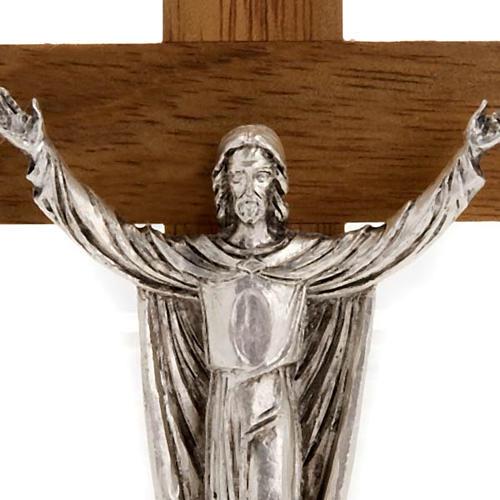 Christ ressuscité croix bois noyer 2