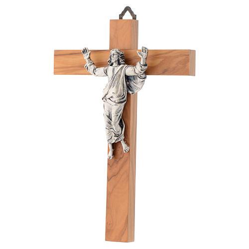 Cristo resucitado en plateado, cruz madera de olivo 2