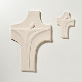 Crucifix Christ ressuscité stylisé argile blanche s2