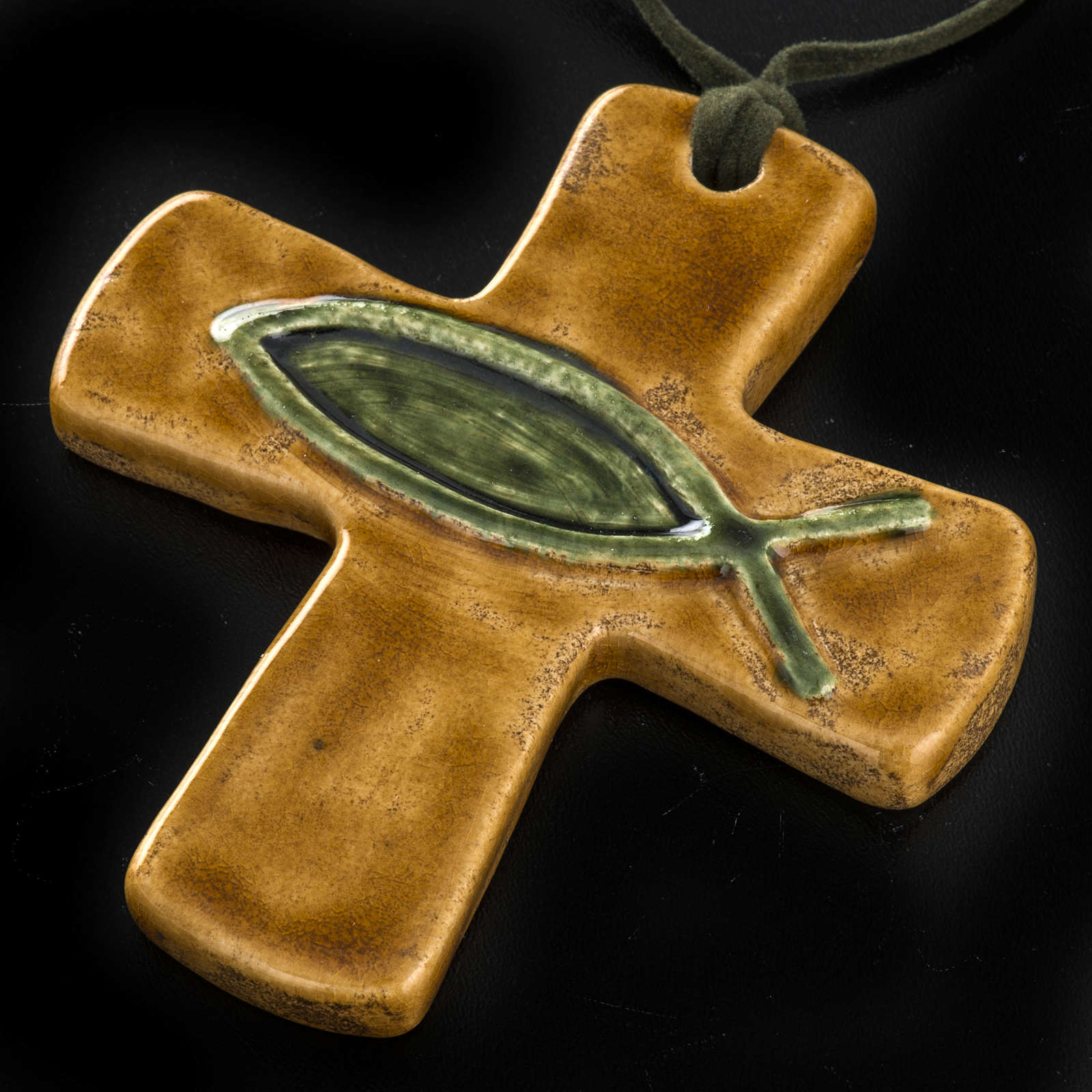 Croce ceramica marrone pesce verde 4