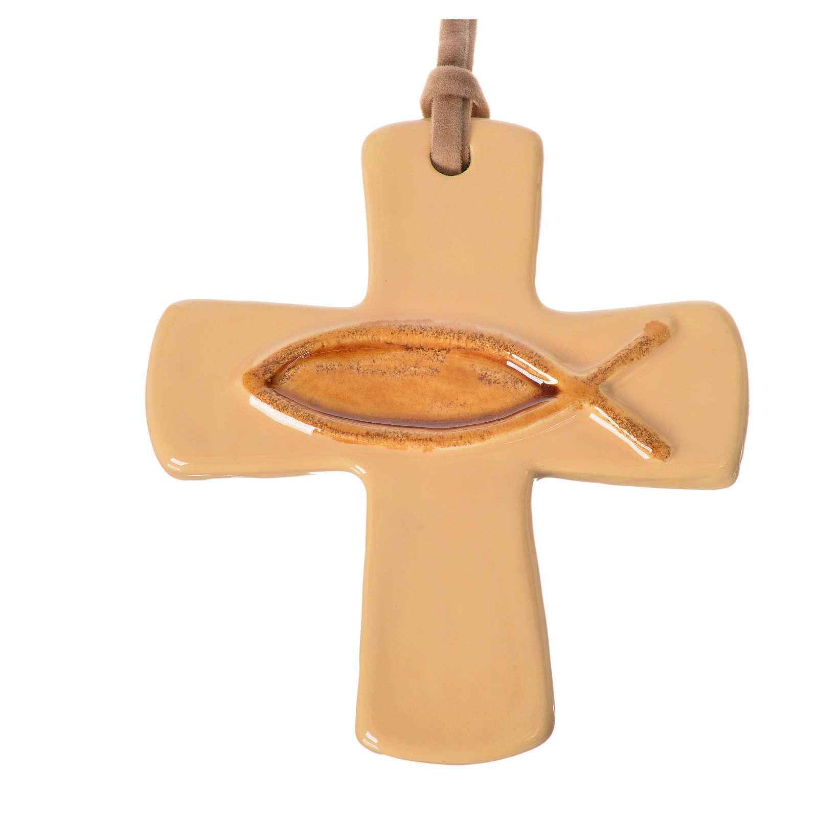Croix avec poisson en céramique ivoire marron 4