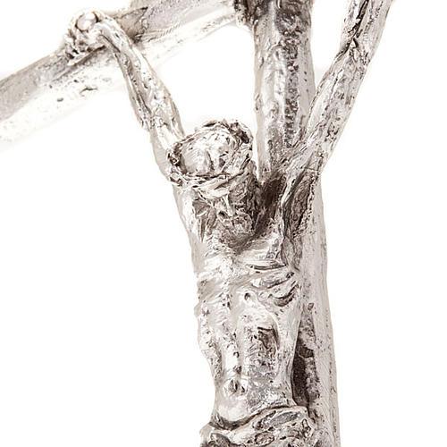 Crucifijo pastoral Juan Pablo II metal plateado con base 2