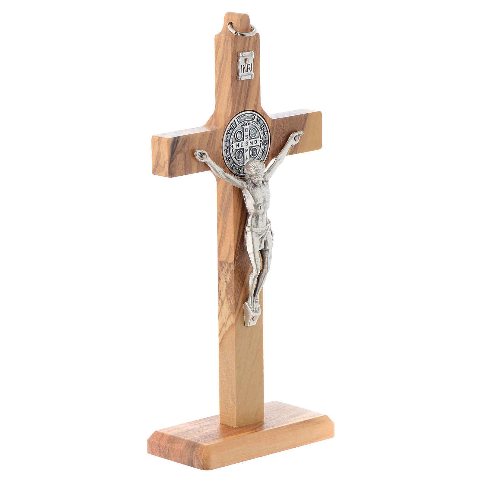 Crucifix St. Benoît bois d'olivier pour table ou mur 4