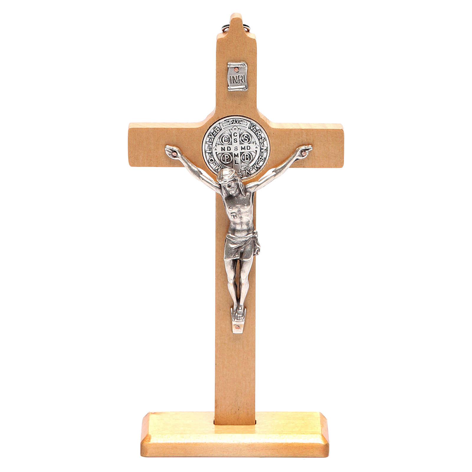 Crocifisso San Benedetto legno naturale da tavolo o appendere 4