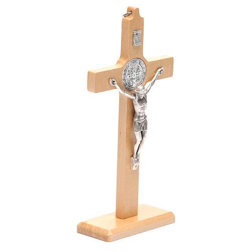 Crocifisso San Benedetto legno naturale da tavolo o appendere 3