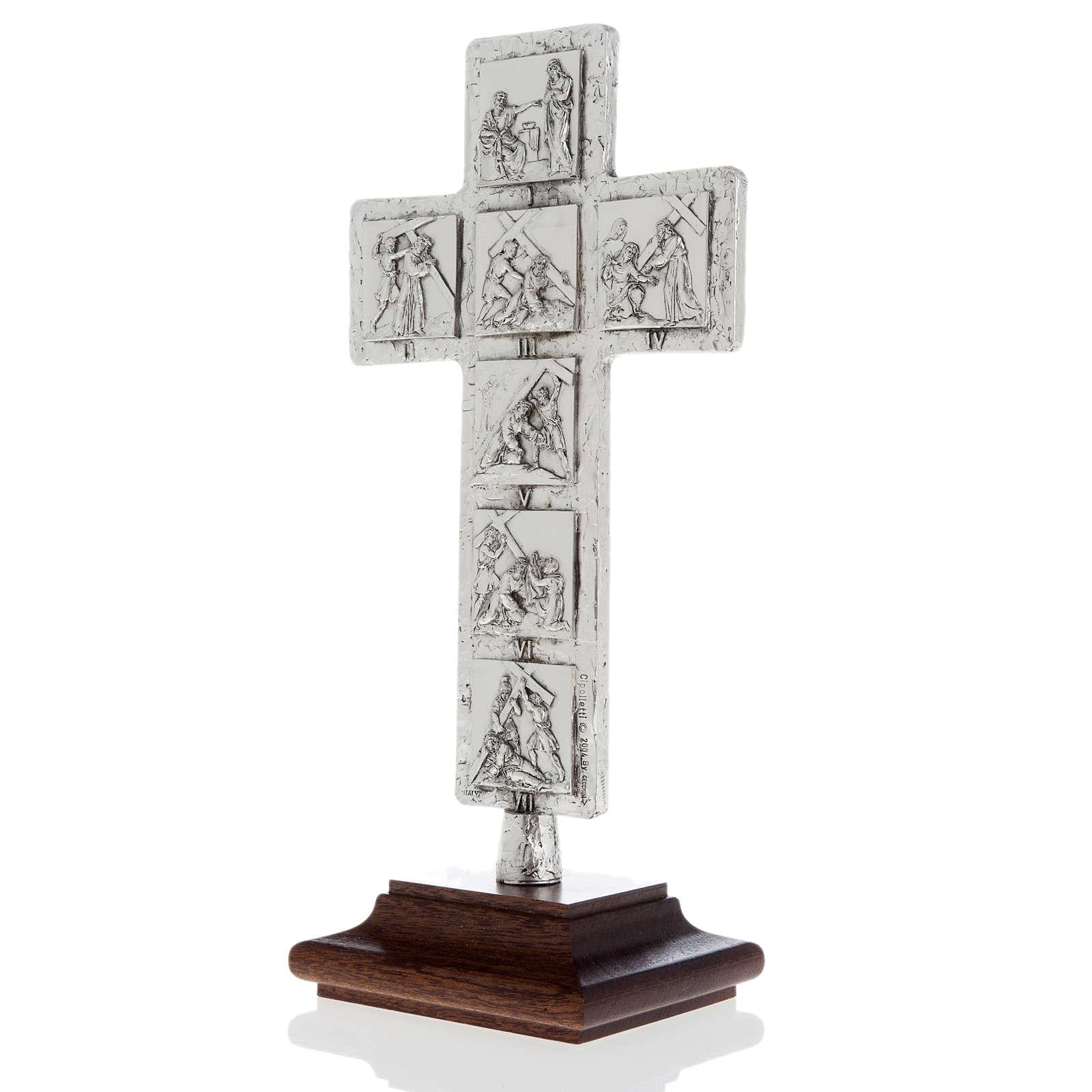 Cruz de mesa plateada vía Crucis 4